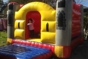 MINI KING CASTLE 3X3M JUMPING CASTLE AGES 1 TO 6